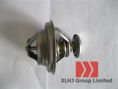 Термостат погрузчика XCMG ZL30G с двигателем Yuchai YC6108G